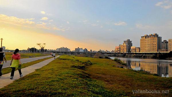 Life Taiwan  Spring Xindian River Photography Romanticism 台北生活 春天 新店溪 风光摄影 浪漫主义 Yalan雅岚 黑摄会